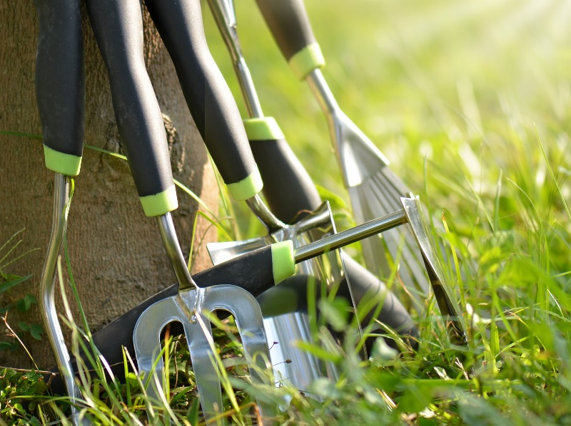 Get your garden tools ready for storage